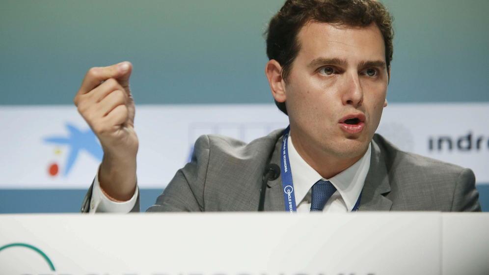 Rivera considera «no suficiente» las dimisiones de altos cargos «imputados» del PP en Madrid