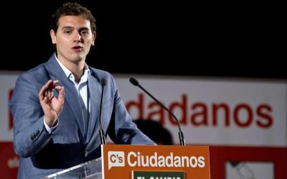 """""""Los cobardes totalitarios vuelven a señalar el comercio de mi madre"""" en Cataluña"""