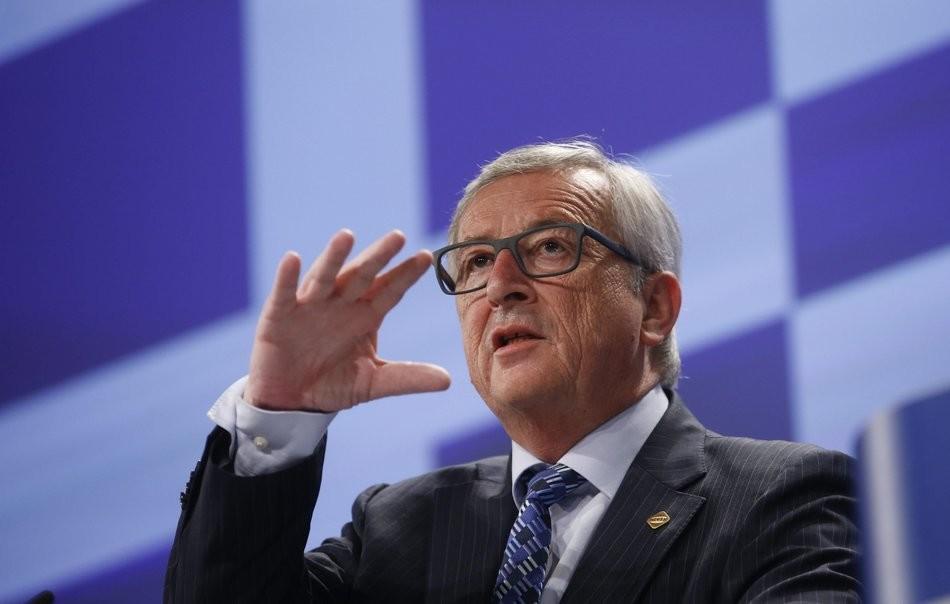 Juncker pide a Grecia que vote que sí en el referéndum
