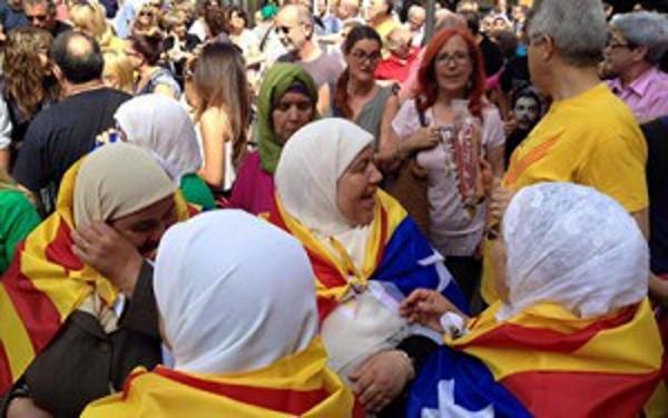 Somatemps denuncia «la presencia de Nuevos Catalanes» separatistas musulmanes en la «reconquista» de Badalona