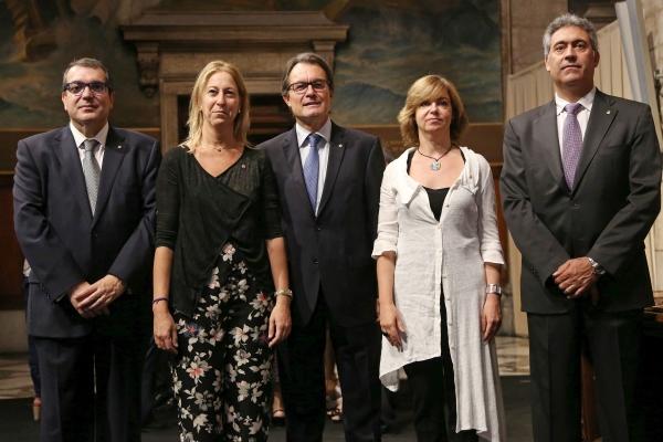 nuevos miembros del gobierno separatista catalán
