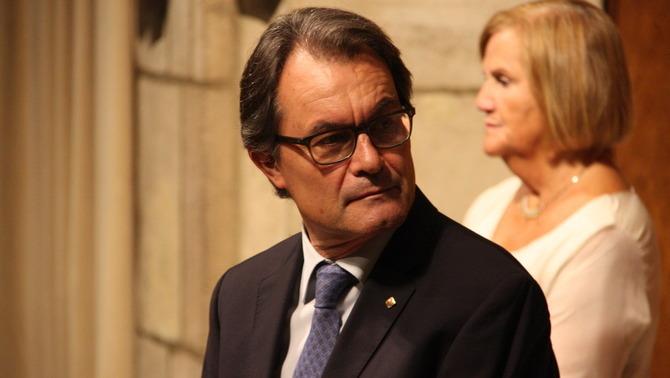Reunión discreta entre Artur Mas y colectivos excluyentes separatistas: ANC, Ómnium Cultura y AMI