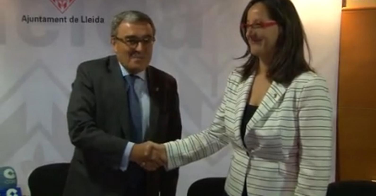 Ciudadanos (C's) sella un acuerdo político con 50 por ciento de castellano y un rechazo frontal al separatismo incluso sus «símbolos» en Lérida (5)