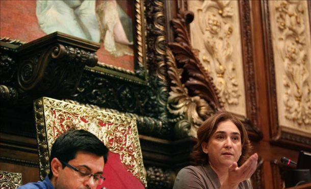 Conductas anómalas marcan los dos Plenos extraordinarios en Ayuntamiento de Barcelona. Fot-Efe