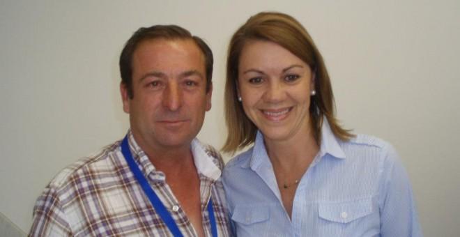 El alcalde José Luis Valladolid Lucas junto a la secretaria general de su partido, María Dolores de Cospedal