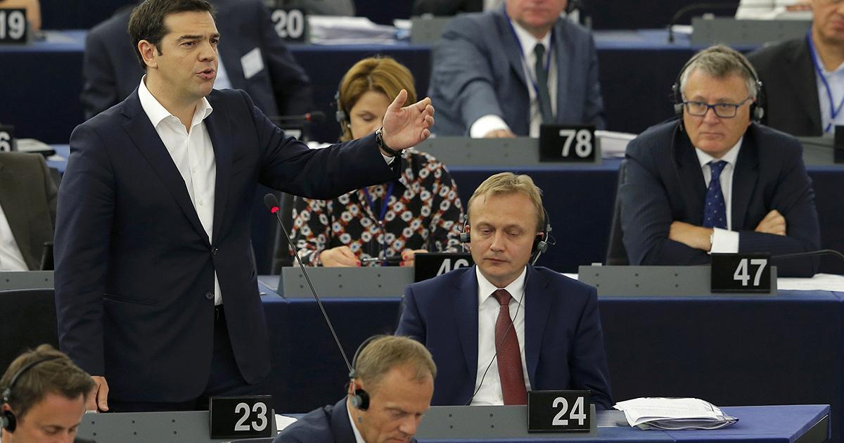 El presidente Alexis Tsipras, Grecia, durante su intervención este miércoles, 8 de julio 2015 en el Parlamento Europeo.