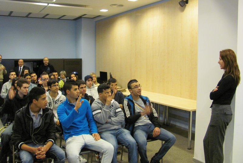 Fotografía -  Jóvenes en un curso de formación del SOC en Gerona. Foto archivo / Dani Villa
