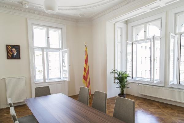 Fotografía inauguración de la embajada catalana en Austria (Viena) (4)