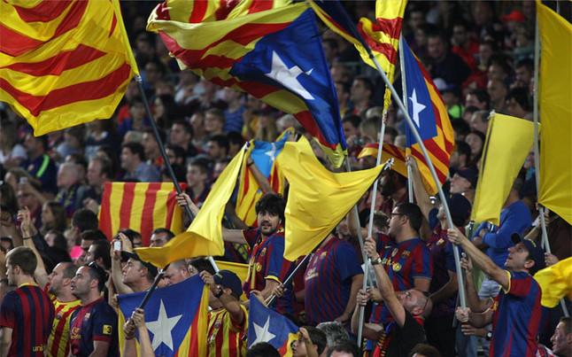 La UEFA ha abierto un expediente al equipo separatista catalán, FC Barcelona, por incitación al odio con trapos separatista