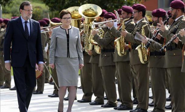Rajoy y la polaca, Ewa Kopacz, avisan de populistas como Tsipras ante sus próximos comicios