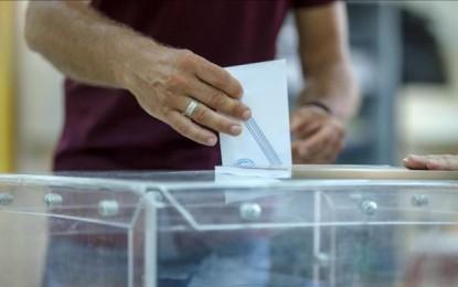 El presidente Alexis Tsipras (el NO) se impone en el referéndum griego, según las encuestas al pie de urna