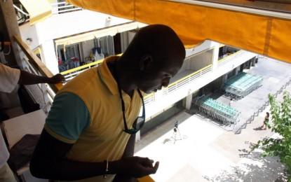 """Vídeo de un senegalés, compañero de piso de víctima de Salou: """"Los Mossos le persiguieron hasta el balcónn"""""""