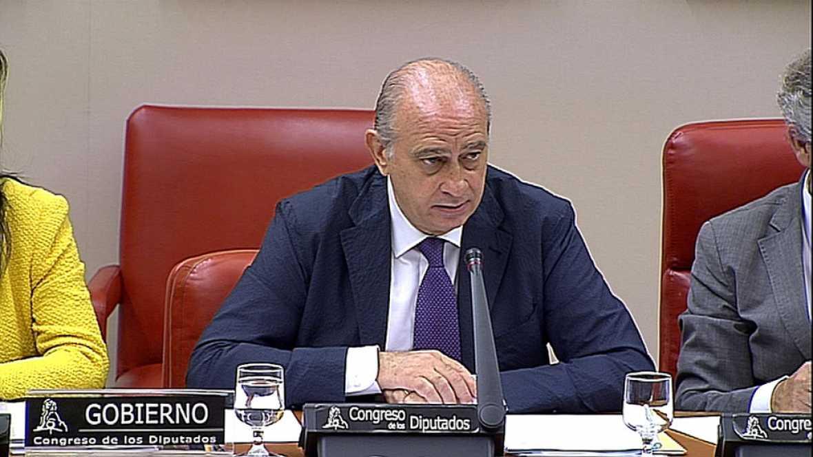 Palabras del ministro de interior del pp hoy en congreso for Escuchas del ministro del interior