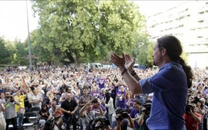 """Iglesias, """"orgulloso"""" de ser """"amigo"""" de los catalanes, pide el voto al """"cinturón morado"""""""