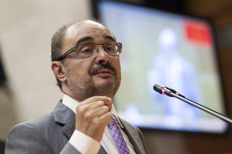 """Dos presidentes autonómicos del PSOE exigen """"ilegalizar a partidos independentistas"""""""