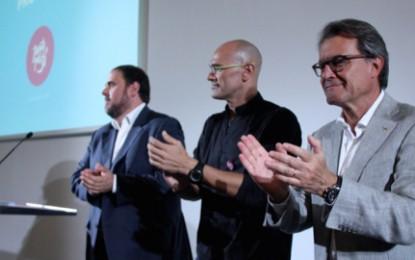 70 editores separatistas catalanes piden votar a favor de la fractura de España