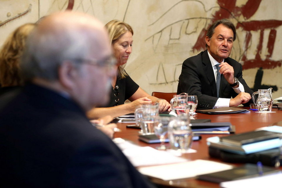 presidente en función de Cataluña y diputado electo, Artur Mas, durante la primera reunión del gobierno catalán tras las vacaciones, agosto 2015. Foto/Efe