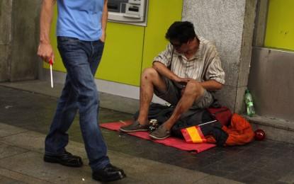 13,6 millones de españoles están en riesgo de pobreza y 3,2 millones en un nivel severo