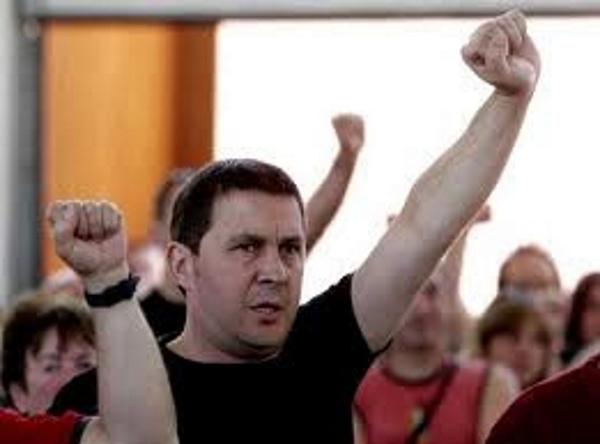 El asesino terrorista Otegi volverá a liderar la ultra izquierda radical vasca en pleno debate interno