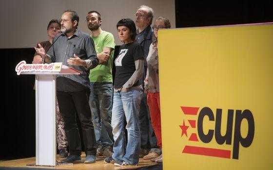 CUP dice que el triunfo izquierdista en Cataluña exige un candidato alternativo a Artur Mas