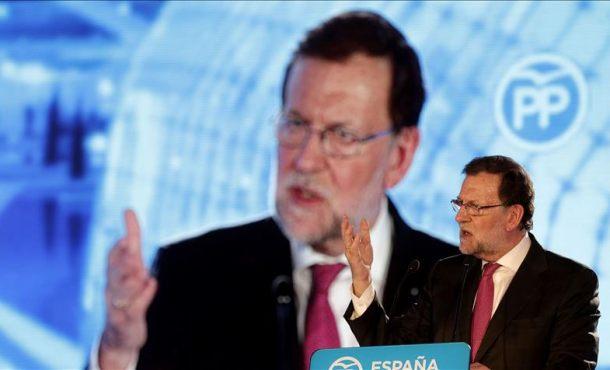 """Rajoy pide votar al PP si no se quiere una coalición que lleve """"a la ruina"""" a España"""
