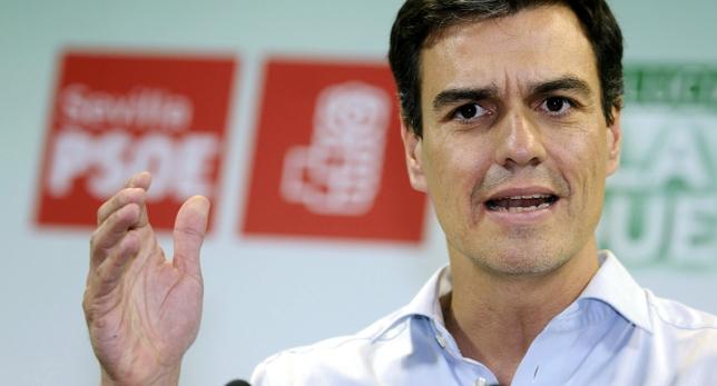"""Pedro Sánchez: """"No sé si"""" Rajoy """"ha cobrado sueldos en sobres o sobresueldos en negro"""""""