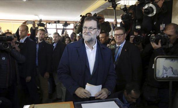 Rajoy candidato del (PP) anima a participar en la jornada del 20D pendiente de los incendios