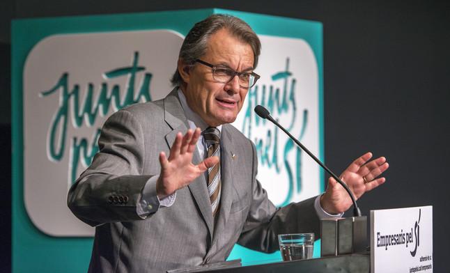 """Artur Mas pide a Rajoy """"794 M €"""" para pagar: """"facturas de agua, gas, electricidad"""" de Cataluña"""
