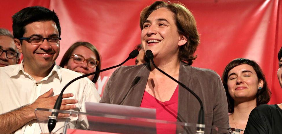 Ayuntamiento de Barcelona en crisis: Ada Colau suspende, no puede aprobar los presupuestos