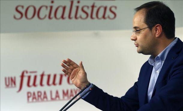 """El PSOE votará contra Rajoy porque """"el PP y Rajoy están muy próximos a la corrupción"""""""