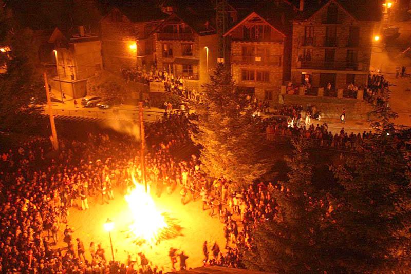 Declaradas las Fallas del Pirineo español (Lérida): Patrimonio Cultural Inmaterial de Humanidad