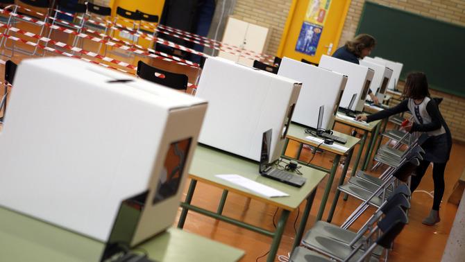 CUP llama a la movilización ante colegios electorales del referéndum para garantizar su apertura