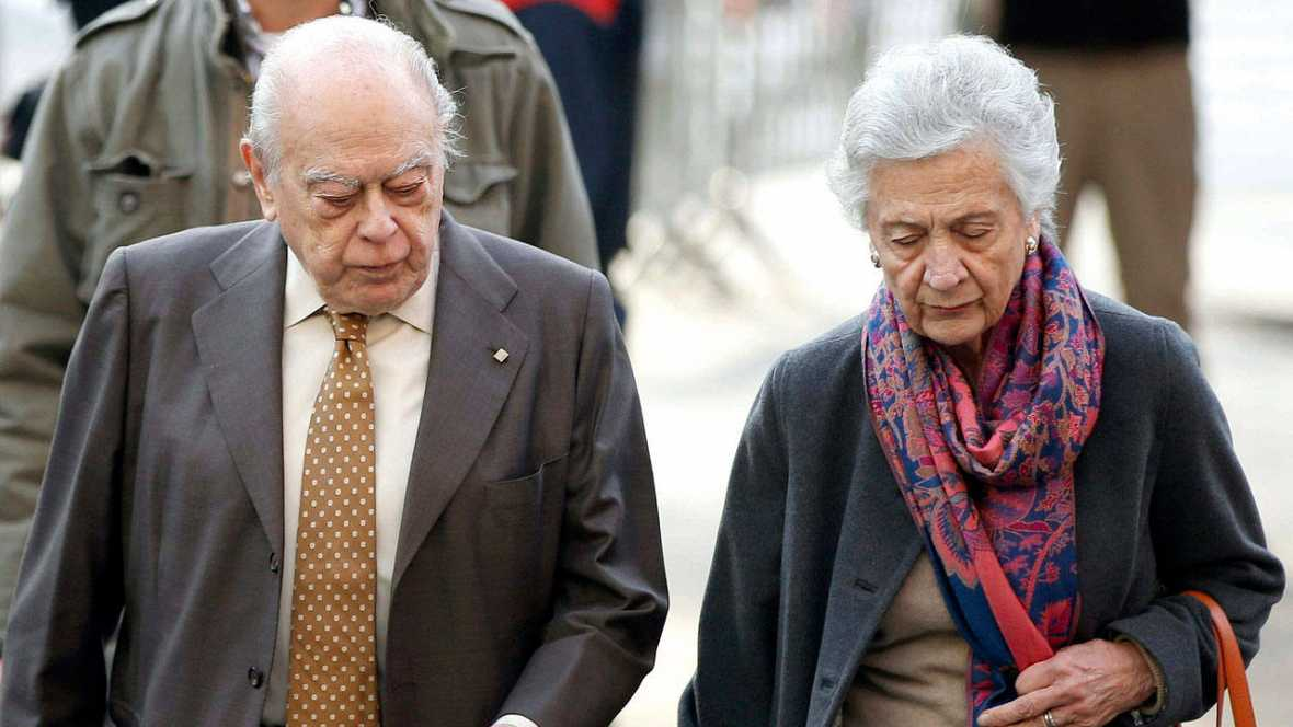 Cataluña: La familia Pujol se siente finalmente en el banquillo por blanqueo de dinero robado
