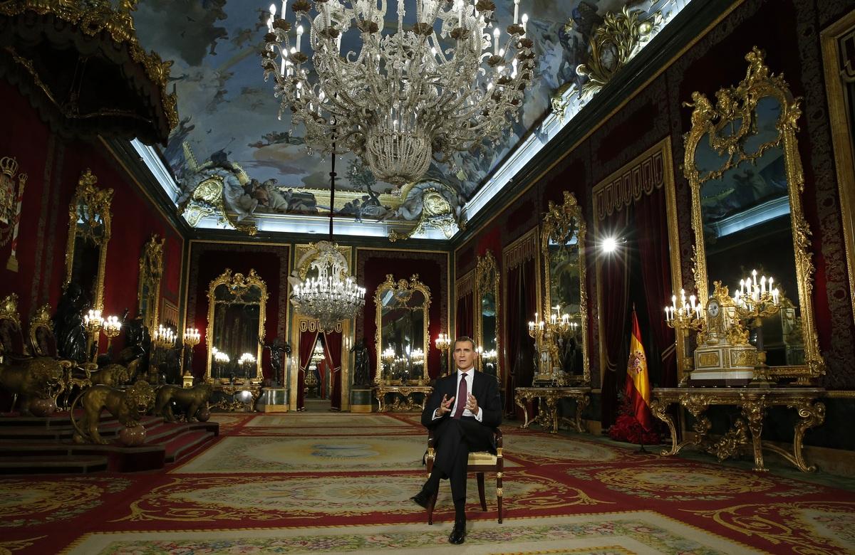 Mensaje de Navidad 2015 de su majestad el Rey Felipe VI. lasvocesdelpueblo.