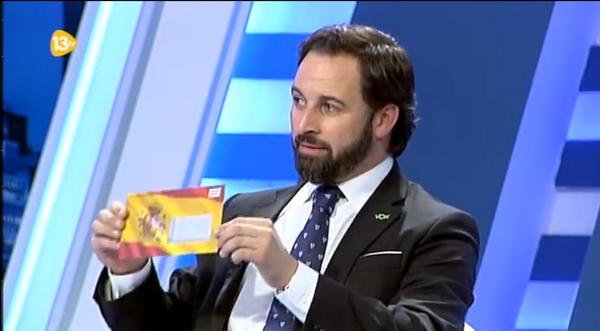 El líder de VOX denuncia en 13Tv el secuestro de la propaganda de VOX