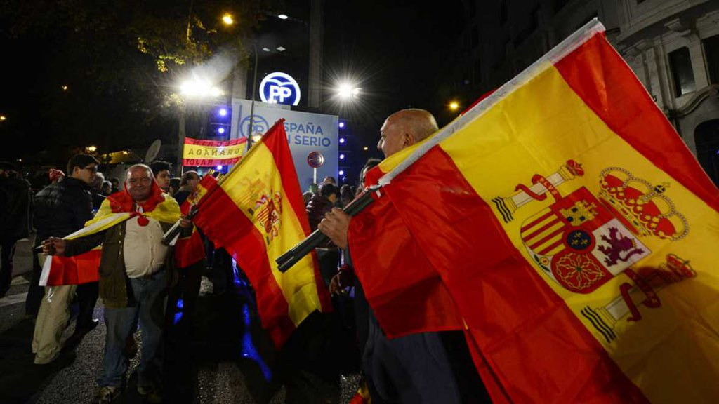 """La militancia del PP quiere de candidato a Rajoy o Soraya y """"mano dura contra Ciudadanos"""""""