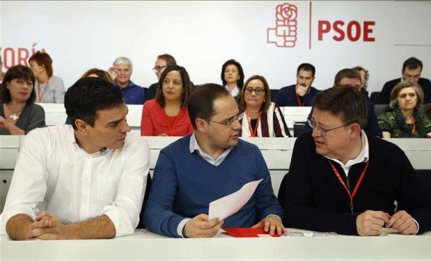 """PSOE: La estrategia """"del Doctor Pablo y Mister Iglesias"""" es """"preelectoral"""" y pide """"responsabilidad"""""""