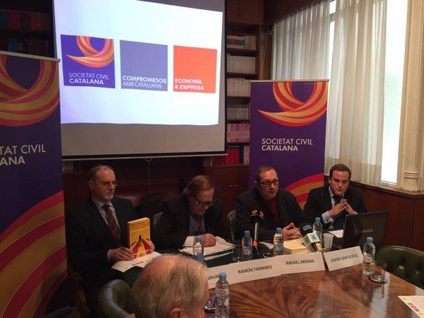 """SCC convoca una concentración contra """"la deriva secesionista"""" en Plaza San Jaume de Barcelona"""
