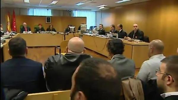 Los patriotas hoy durante el juicio. La defensa pide el archivo del caso porque 'fue solo un escrache'. Lasvocesdelpueblo