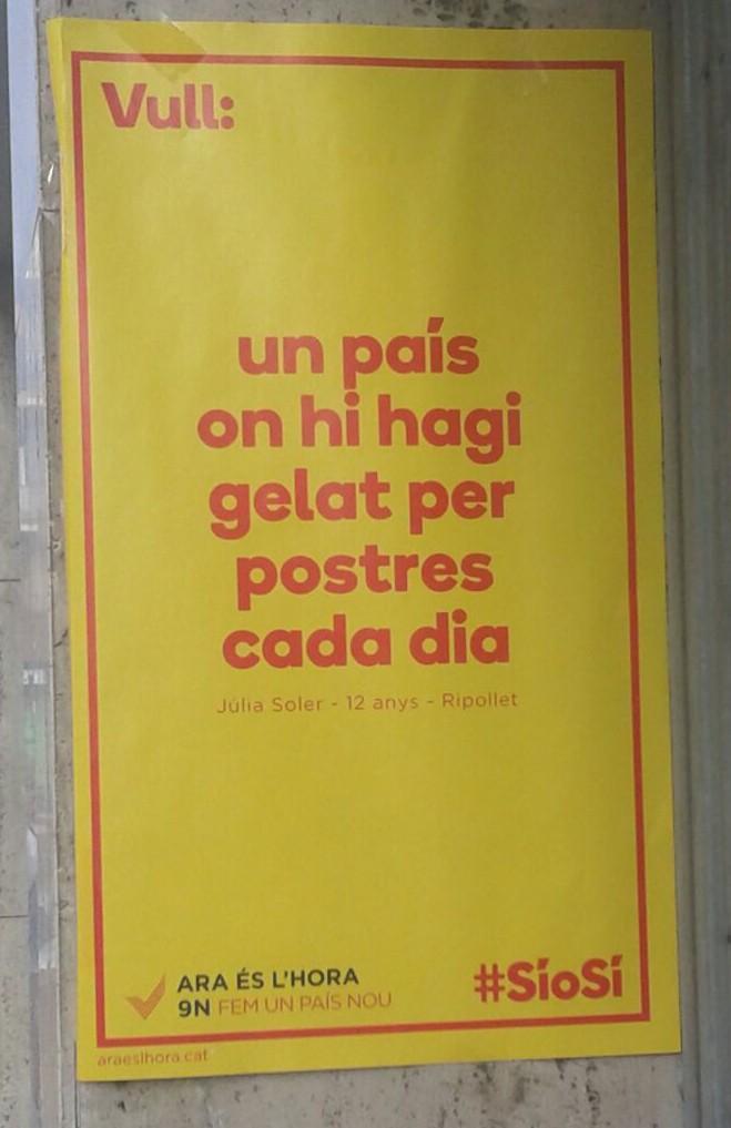 Campaña de la plataforma separatista 'Ara És Hora' de Ómnium Cultura de Muriel Casals Couturier y Asamblea Nacional Catalana (ANC) de Carme Forcadell para referéndum de autodeterminación de Cataluña del 9N 2014. Lasvocesdelpueblo