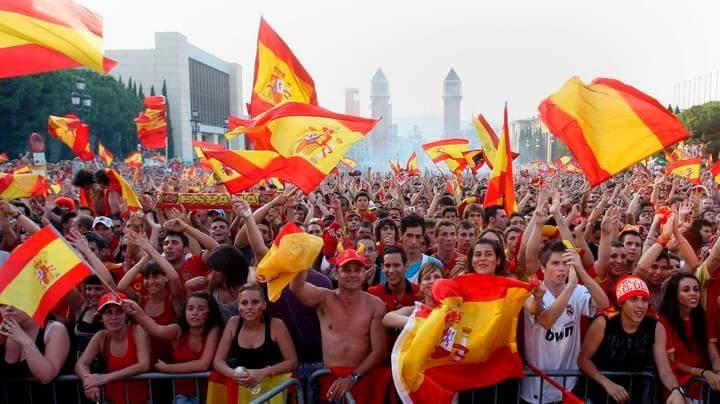 Crean eventos para la concentración del domingo 21 contra el desafío separatista de Puigdemont