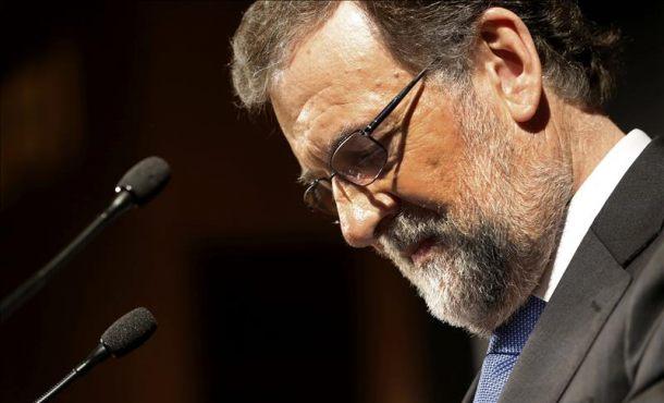 """Mariano Rajoy sobre los SMS a Bárcenas: """"Me arrepiento, no siempre se acierta en la vida"""""""