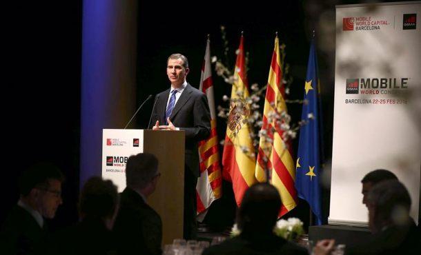 Rey subraya que Cataluña y el Estado deben trabajar juntos por el bien común