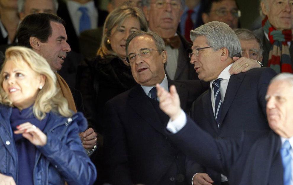 """Gritos de """"Florentino dimisión"""" ante negocios y negocios con derrotas y derrotas del Real Madrid"""