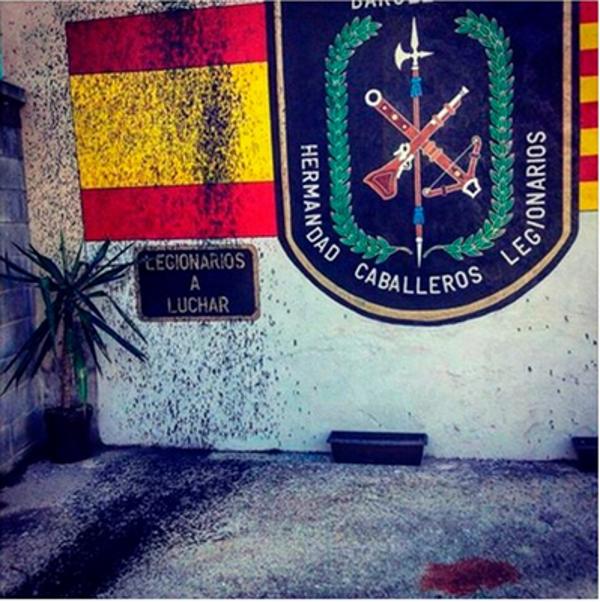 Desconocidos atacan con pintura la sede de Legionarios de Barcelona en Barrio San Andrés