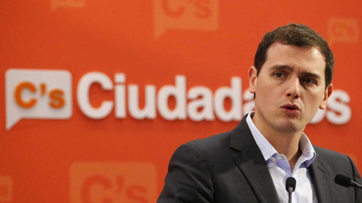 """Rivera: """"Quien no sepa dialogar, cambiar, sumar y pactar no va a poder gobernar España"""""""