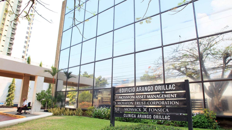 Bancos Sabadell, Santander y BBVA habrían ayudado a sus clientes en «Papeles de Panamá»