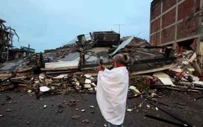 Asciende a 233 la cifra de fallecidos por el terremoto de 7,8 grados en Ecuador