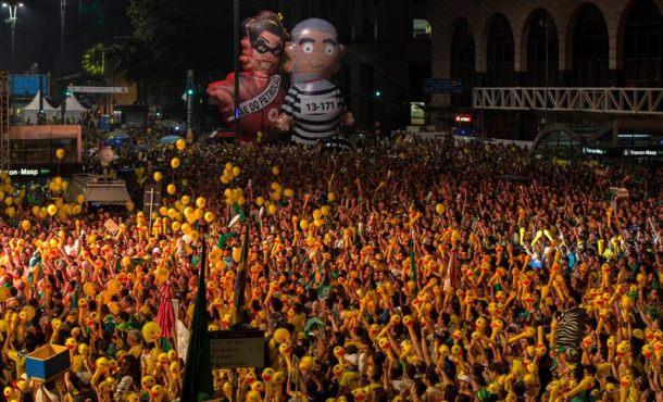 Brasil aprueba con 367 votos frente a 137 el juicio para destituir a su presidenta Dima Rousseff