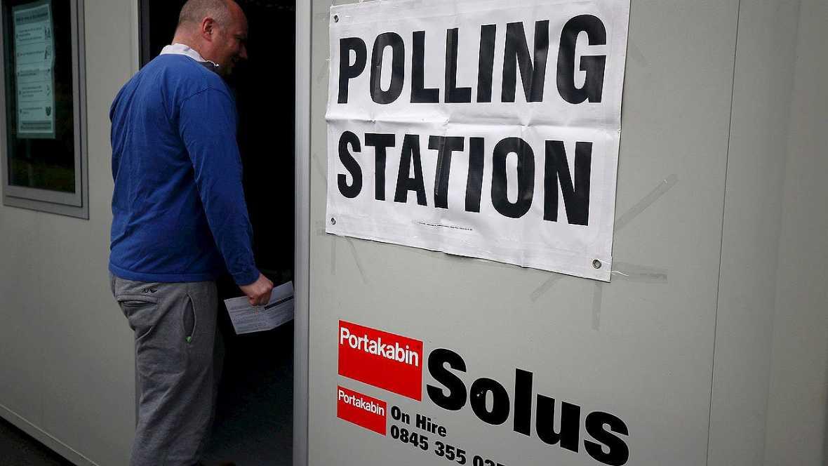 (Brexit) Abren los colegios para votar sobre la permanencia del Reino Unido en la Unión Europea